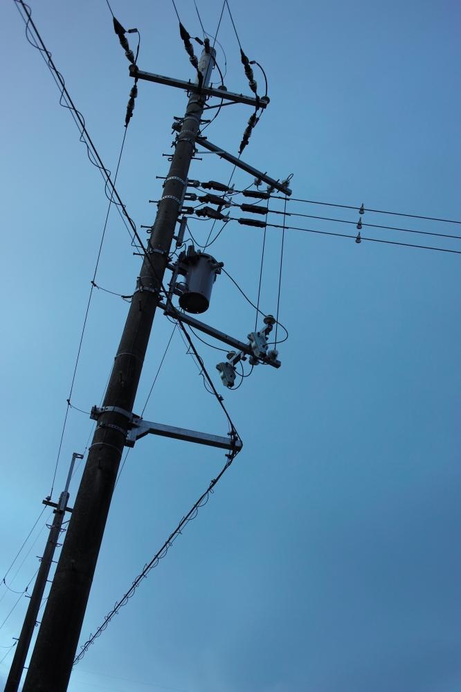 屈折分岐電柱