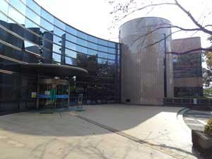 小金井市総合体育館ランニング走路01