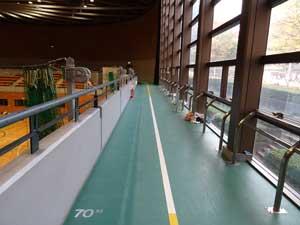 小金井市総合体育館ランニング走路06