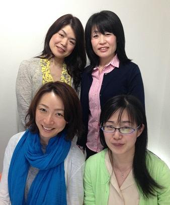 パーソナルスタイリスト基礎力養成コース5期 大阪平日コース最後集合写真K,Tさん女性20代ビフォーアフター