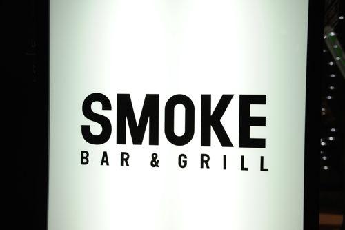 会場はおなじみSMOKE Bar & Grill。表参道の一等地。最高な環境でやらせてもらってます!