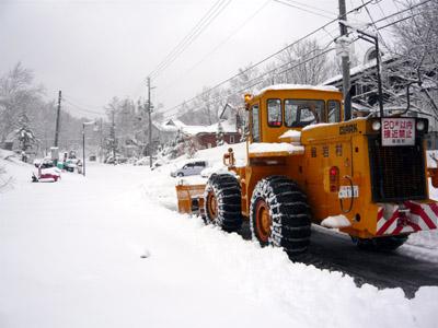 4月除雪車