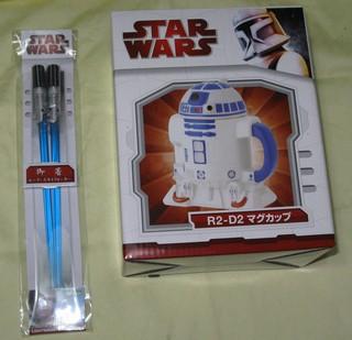 R2-D2マグカップ&ライトセーバー・チョップスティック