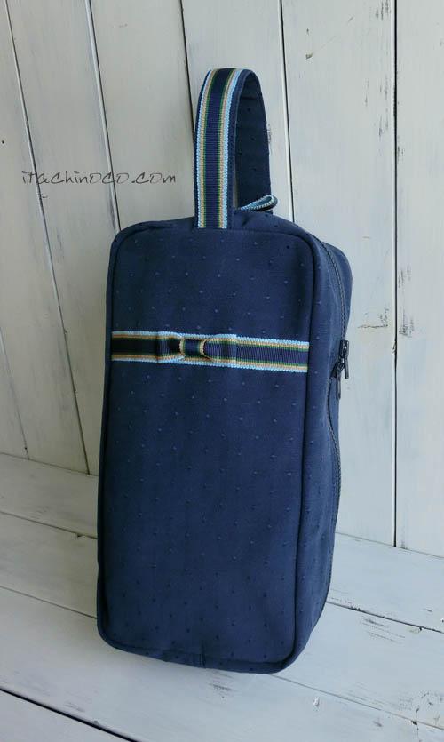 紺地ドットとリボンのバッグ ファスナーのシューズケース