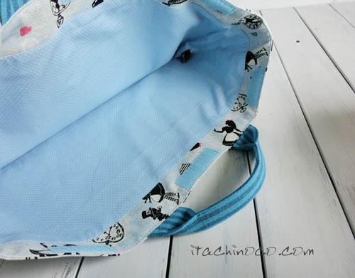 水色アリス柄の防災頭巾カバー4