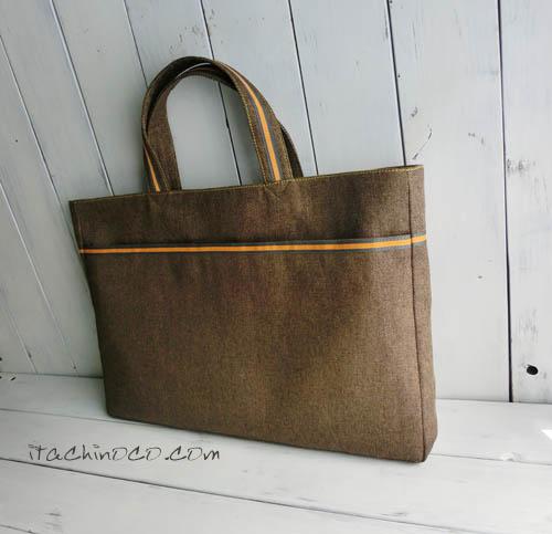 カラシ色とこげ茶色のレッスンバッグ