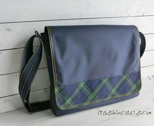 小学生紺色の通学かばん 斜め掛け ショルダーバッグ1