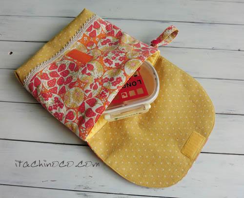 イチゴ柄と黄色ドットのお弁当袋2