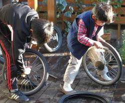 自転車 タイヤ交換 子供自転車