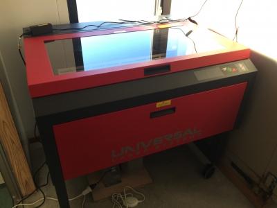 レーザー加工機1