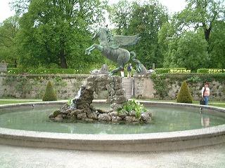 ペガサス像(ミラベル庭園)