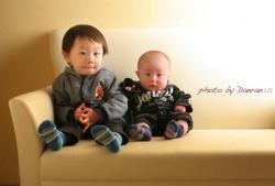 赤ちゃん兄弟写真