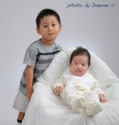 兄妹の記念写真