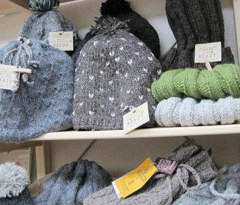 フェアトレードの手編み帽子1