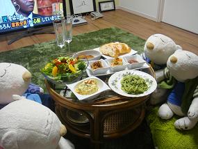 ささやかながら最初の晩餐