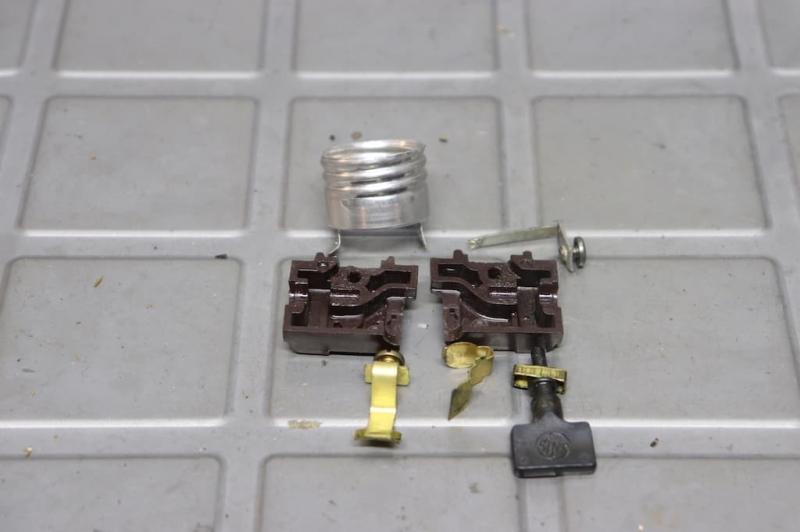 1930年代グースネックデスクランプ修理