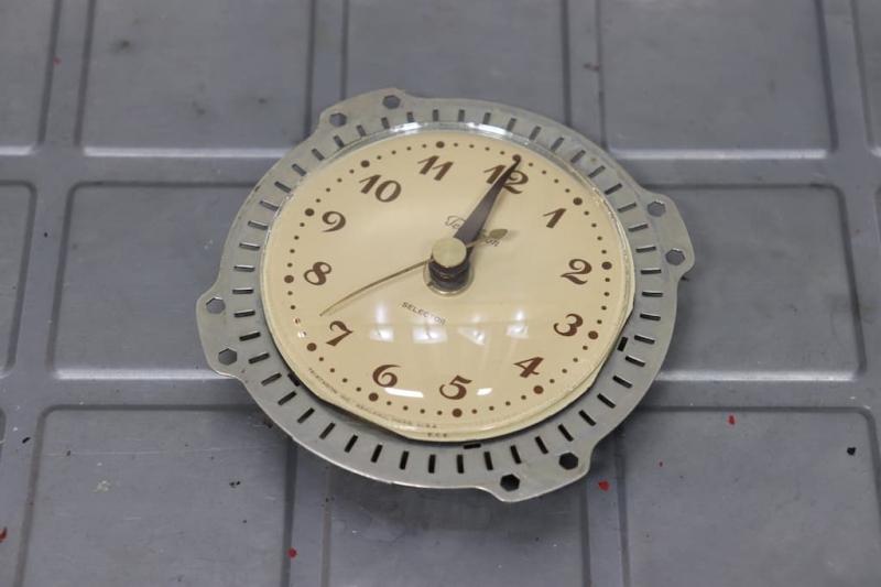 1940年代 ヴィンテージTELECHRONベークライトデスククロックの修理