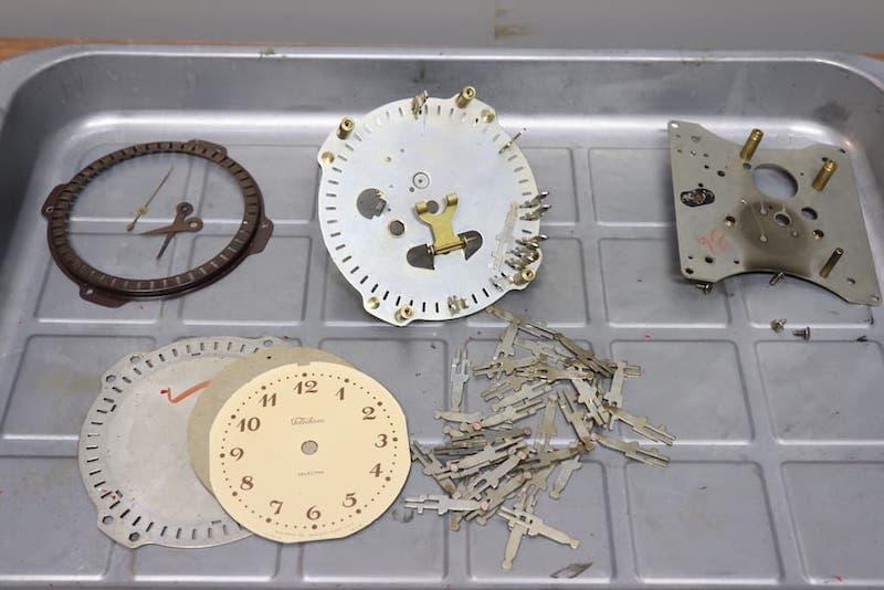 CK-6 Bakelite Desk ClockTelechron