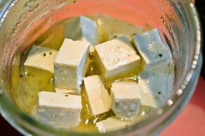 簡単漬けるだけ!「豆腐ピクルス」で豆腐がおいしく変身♡さわやか柚子胡椒風味のレシピ