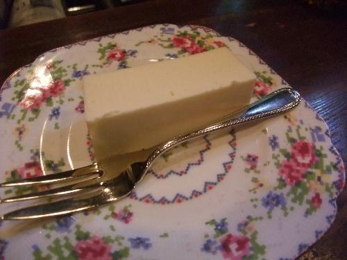 COZZO チーズケーキ(アップ)