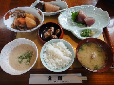 宝鮨 昼の山芋定食