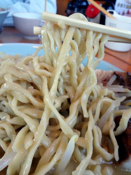 らーめん大山 大山ラーメン(麺)