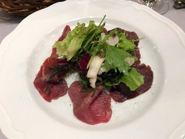 カルネヤ 熟成肉のカルパッチョ