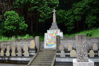 牢屋の窄殉教教会・殉教の碑