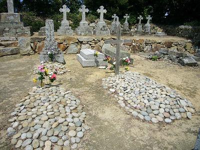 浜泊の墓地