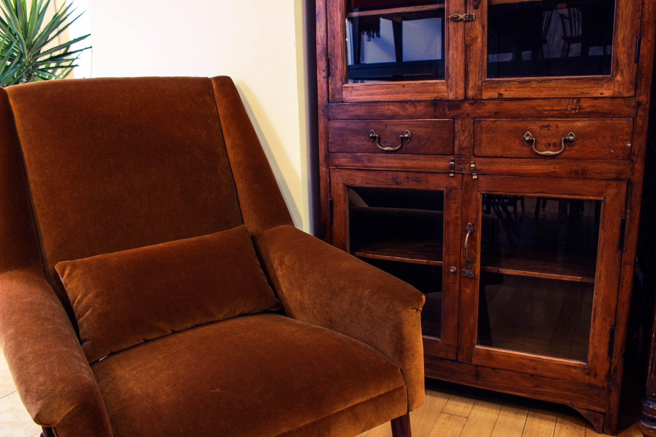 ヴィンテージ家具 1シーターソファ 食器棚