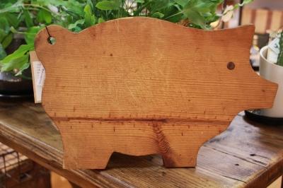 カッティングボード 豚