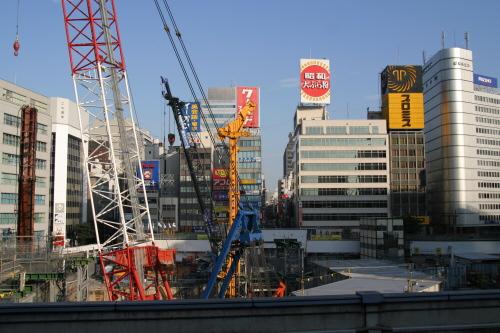 東京駅八重洲口にツインタワー建設中