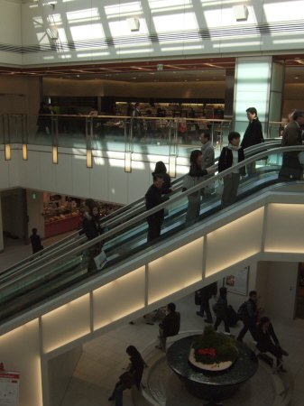 JR品川駅構内商業施設エキナカecuteエキュートでショッピング:スペイン旅行記