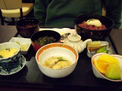 成田空港周辺ホテルホテル日航ウインズ成田レストランJardinジャルダンマグロ漬け丼定食