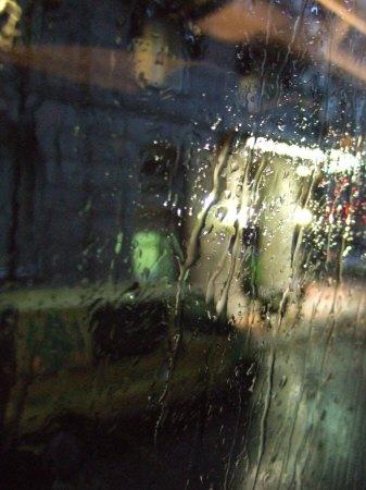 スペインマドリードマドリッドホテルウエリントンウェリントンHOTEL WELLINGTON五つ星ホテルから世界遺産(世界文化遺産)トレドの街へ雨のマドリード