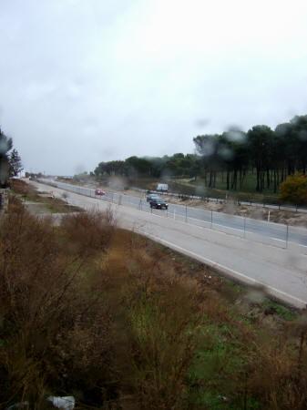 スペインマドリードマドリッドから世界遺産トレド(世界自然遺産)。高速道路国道401号線沿いドライブイン観光みやげ物屋休憩所