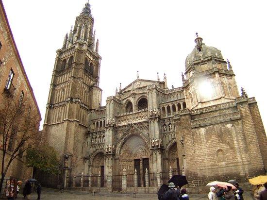 スペインマドリードマドリッドから世界遺産トレド(世界自然遺産)。Toledoトレドカテドラル大聖堂教会鐘楼