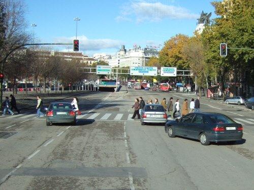 Espana España(エスパーニャ)SPAIN MADRIDマドリッドマドリードバスの車窓から見えたマドリードの町並み