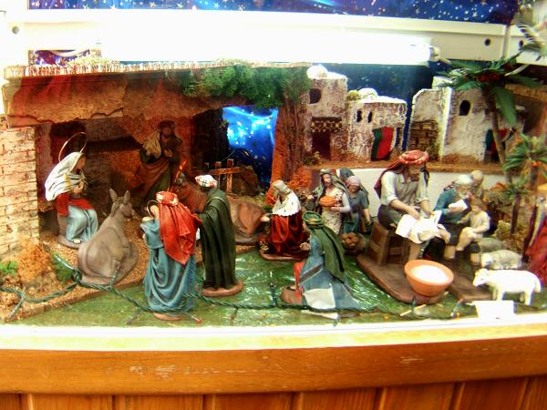 España(エスパーニャ)SPAINフラメンコの本場セビリヤへSEVILLAセビリアセビージャセビーリャPl.del Triunfoトリウンフォ広場ヨーロッパのクリスマス市場クリスマスバザールキリスト降誕、キリスト生誕を再現した箱庭ジオラマクリッペ写真画像