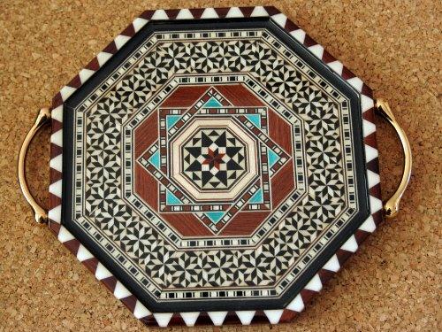 エスパーニャSPAINアンダルシア地方グラナダGRANADAギフトショップ土産物屋GAUDIグラナダの民芸品タラセア(寄せ木細工)
