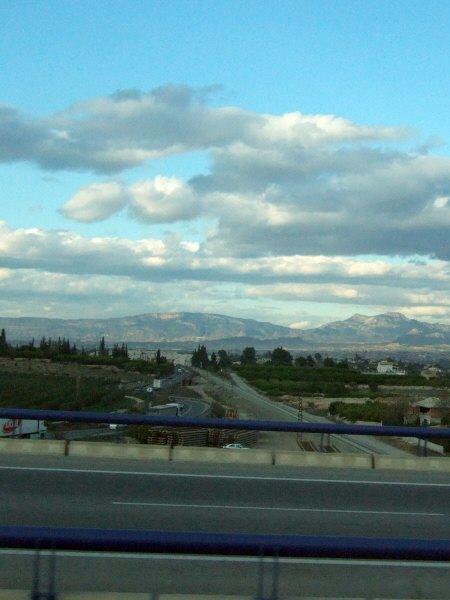 エスパーニャSPAINアンダルシア地方グラナダからバレンシア地方バレンシア高速道路A92号線沿いに見えた風景景色