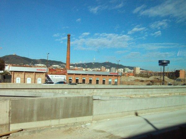 エスパーニャSPAINカタルーニャ地方・バルセロナ日産自動車Motor Llansa