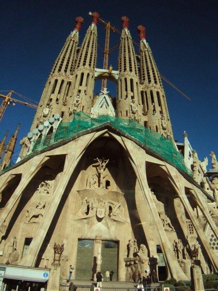 エスパーニャSPAINカタルーニャ地方・バルセロナ市街地の風景サグラダ・ファミリア(聖家族教会)サクラダファミリアtemplo de la Sagrada Familia