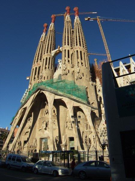 エスパーニャSPAINカタルーニャ地方・バルセロナ市街地の風景サグラダ・ファミリア(聖家族教会)サグラダ・ファミリアtemplo de la Sagrada Familiaアントニ・ガウディ