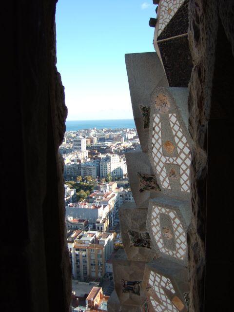 エスパーニャSPAINカタルーニャ地方・バルセロナ市街地の風景受難の門サグラダ・ファミリア(聖家族教会)サクラダファミリアtemplo de la Sagrada Familiaアントニー・ガウディ