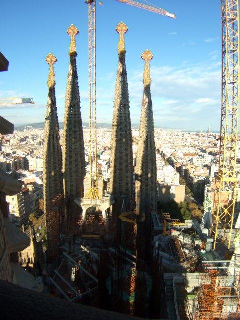 エスパーニャSPAINカタルーニャ地方・バルセロナ市街地の風景サグラダ・ファミリア(聖家族教会)サクラダファミリアtemplo de la Sagrada Familiaアントニ・ガウディ建設現場