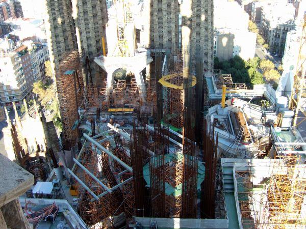 エスパーニャSPAINカタルーニャ地方・バルセロナ市街地の風景サグラダ・ファミリア(聖家族教会)サクラダファミリアtemplo de la Sagrada Familiaアントーニ・ガウディ建設現場