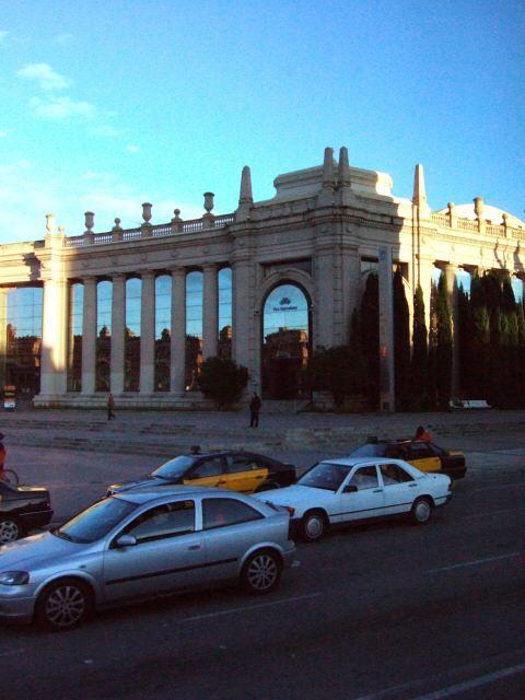 エスパーニャSPAINカタルーニャ地方・バルセロナ市街地の風景スペイン広場Placa de Espanyaバルセロナの見本市会場展示場コンベンションセンター