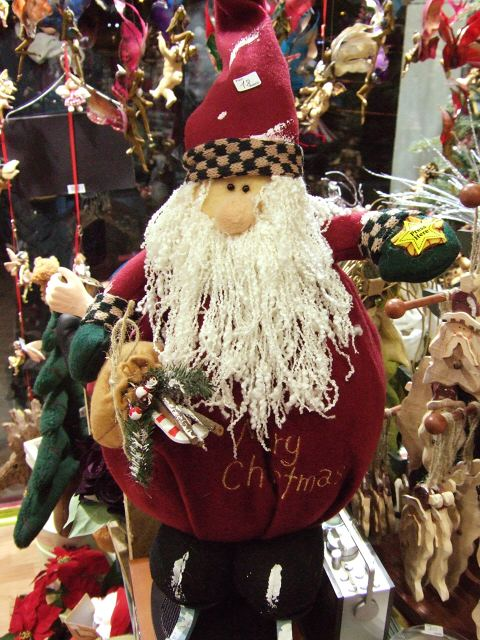 サンタの人形サンタクロースエスパーニャSPAINカタルーニャ地方・バルセロナリッツ ホテル バルセロナ パレスホテル周辺散策クリスマスグッズオモチャの店おもちゃ屋