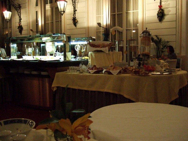 エスパーニャSPAINカタルーニャ地方・バルセロナリッツ ホテル バルセロナ パレスホテル(Palace Hotel Hotel Barcelona)RITZ hotelビュッフェバッフェバフェブッフェバイキング形式食べ放題